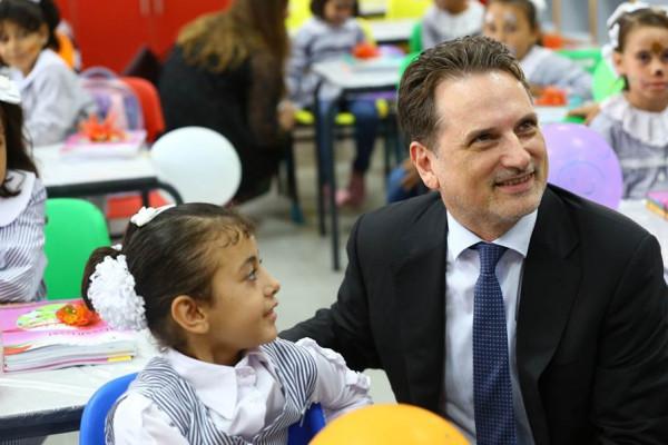 شاهد: (اونروا) تفتتح العام الدراسي الجديد في غـزة