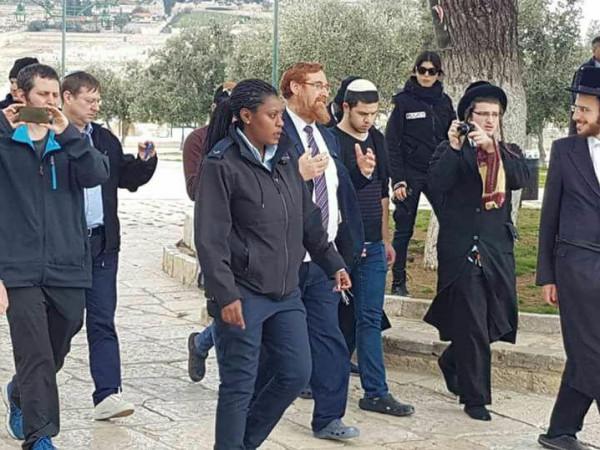 عضو الكنيست يهودا غليك يقود اقتحاماً جديداً للأقصى