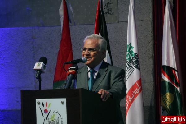 الخليل: افتتاح مؤتمر الاتجاهات الحديثة في إدارة البلديات وتحسين جودة أدائها