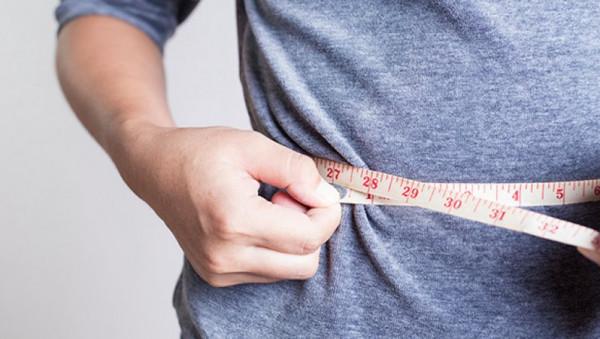 تعاني السمنة المفرطة.. هذه نصائح لإنقاص وزنك 10 كجم في شهرين