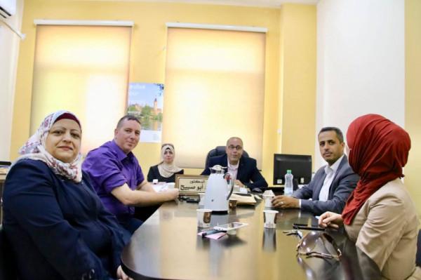 استمرار التحضيرات لمؤتمر ابداع الطلبة الثامن في جامعة بوليتكنك فلسطين