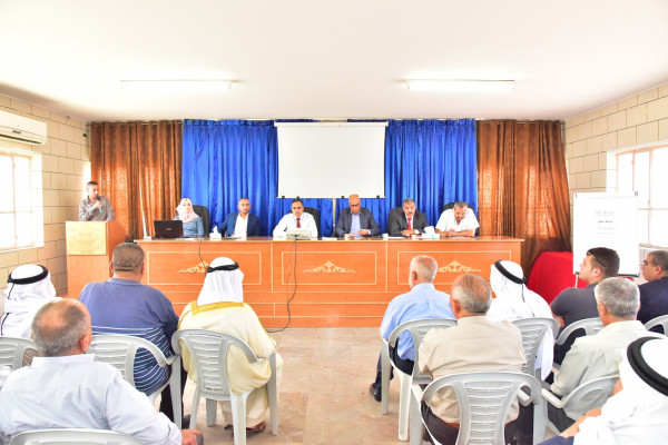 """بلدية يطا تنظم ورشة عمل حول """"التسوية إجراءات و أهداف"""""""