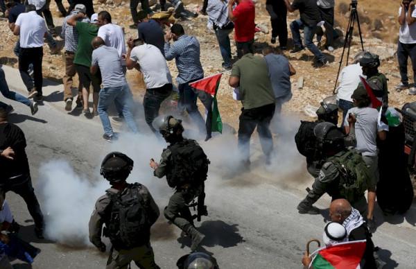 إصابات بالمطاط والاختناق عقب قمع الاحتلال مسيرة شمال غرب نابلس