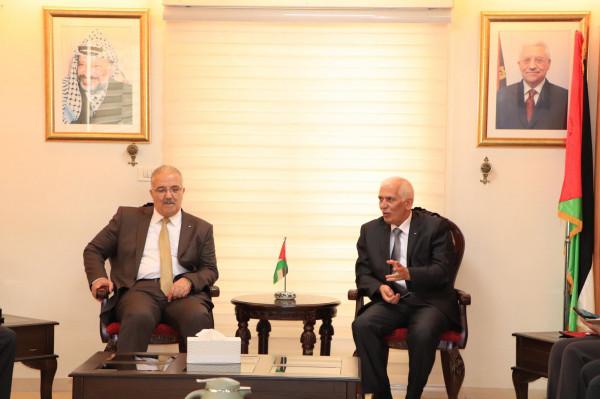 المحافظ حميد ووزير والمواصلات يتفقان على تفعيل خطوط نقل خاصة بالسياح