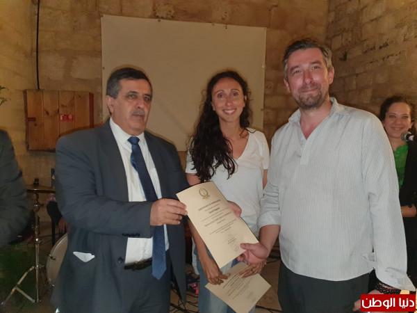 (ساحة المهد) توقع إتفاقية تعاون بين بلديتي بيت لحم وباريس