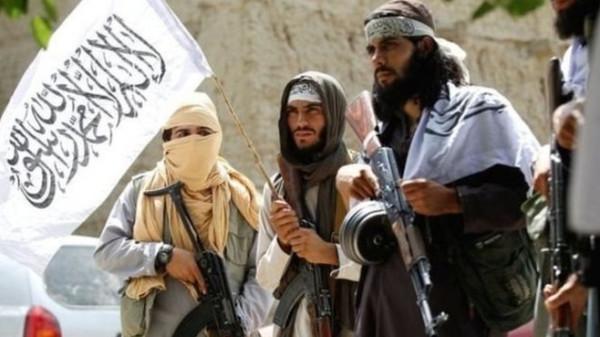 """""""طالبان"""" ترد على قرار ترامب: ستندم قريبا"""
