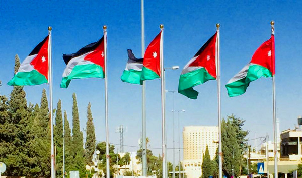 الأردن: 100 مليون نفقات شهرية