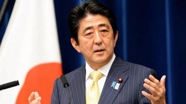 الحكومة اليابانية تستقيل بالكامل وآبي يجري تعديلات فيها وبقيادة حزبه الحاكم