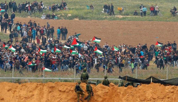 إعلام الاحتلال: شبان تسللوا عبر السياج جنوب القطاع واستولوا على معدات عسكرية