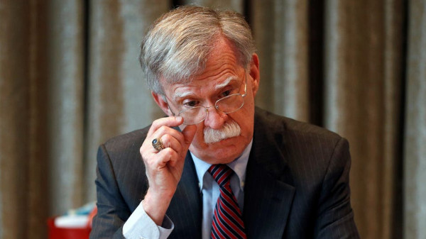 أبو مرزوق يُعلّق على استقالة مستشار الأمن القومي الأمريكي جون بولتون