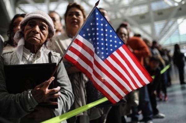 القضاء الأميركي يُوافق على قانون ترامب الجديد حول الهجرة