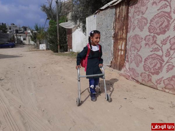 """الإغاثة الطبية حققت نقلة نوعية في حياة الطفلة""""رجاء أبو خوصة"""" بشمال غزة"""
