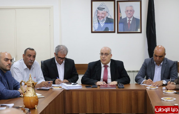 بمشاركة وزير العمل أبو جيش.. اجتماع يبحث تعديل تشريعات العمل