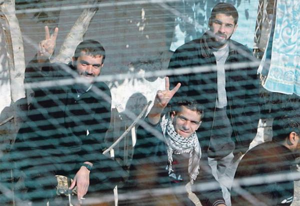 هيئة الأسرى: ستة أسرى يواصلون معركة الأمعاء الخاوية رفضاً لاعتقالهم الإداري