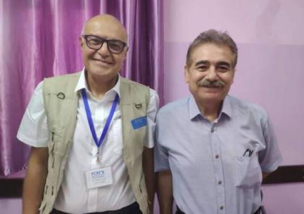البروفيسور لطفي يباشر استقبال الحالات المعقدة بمستشفى الخدمة العامة بغزة