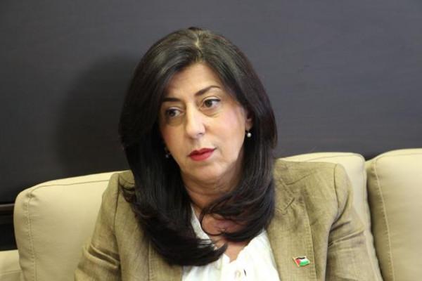 عبير عودة تؤدي اليمين القانونية أمام الرئيس سفيراً لدولة فلسطين لدى إيطاليا