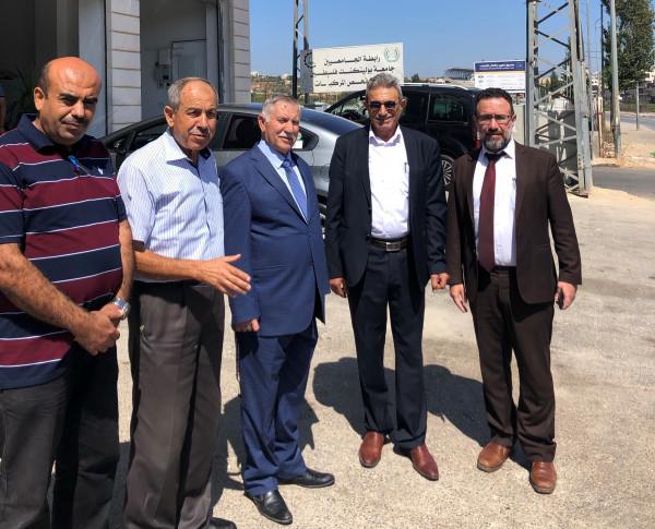 رئيس مجلس أمناء جامعة بوليتكنك يتفقد مركز فحص السيارات ببيت لحم