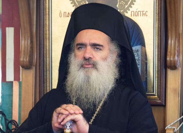 """حنا:""""نناشد الكنائس المسيحية في العالم شرقا وغربا العمل على انقاذ ما تبقى"""""""