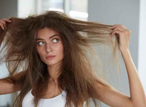 3 وصفات لتتخلصي من هيشان شعرك