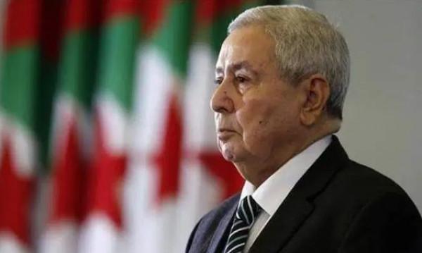 الرئيس الجزائري يعلن إجراء الانتخابات الرئاسية في 12 ديسمبر