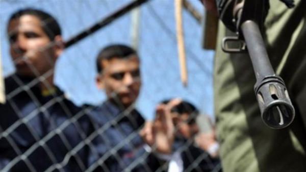 100 أسير فلسطيني ينضمون للإضراب المفتوح عن الطعام