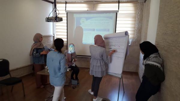المؤسسة الفلسطينية للتمكين والتنمية المحلية تعقد ورشة عمل تدريبية في القدس