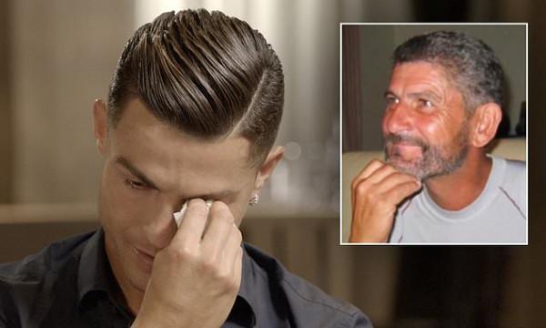 شاهد: رونالدو يدخل في نوبة بكاء هيستيري بسبب والده