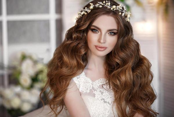 كيف تعتني عروس الشتاء بشعرها؟