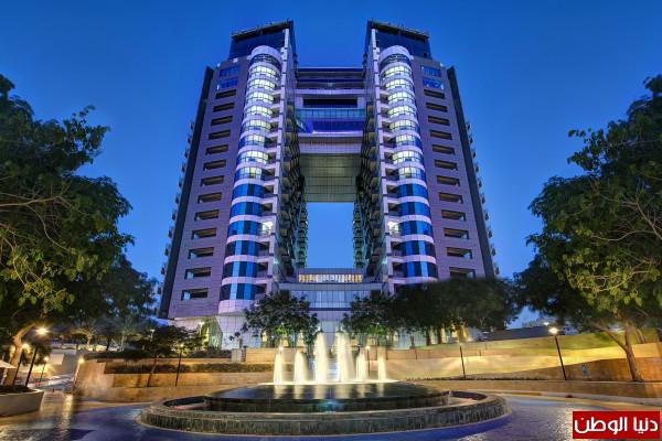 صور: فندق ديوكس ضيافة إنجليزية فاخرة في قلب دبي