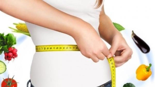 فتاة تخسر 63 كيلو من وزنها برجيم الدجاج المقلي والكعك