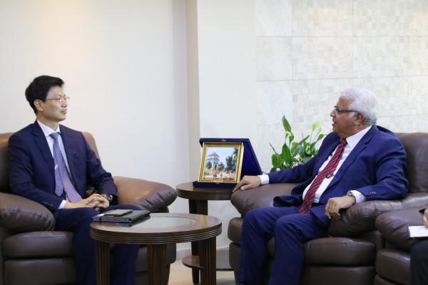 جامعة بوليتكنك فلسطين تستقبل وفداً من الوكالة الكورية للتعاون الدولي