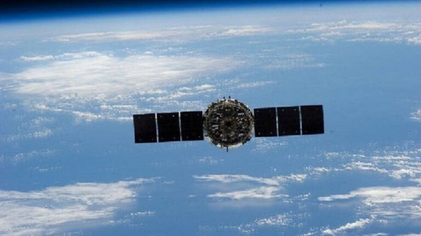 """مصر تطلق القمر الصناعي """"نارسيكوب-1"""" من اليابان"""