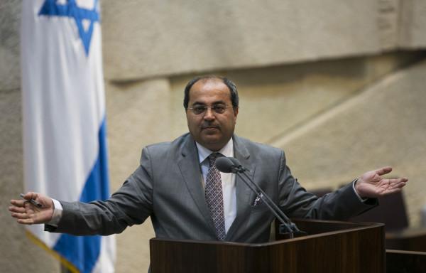 الطيبي: لن نشارك بأي حكومة إسرائيلية وسنستمع لبيني غانتس