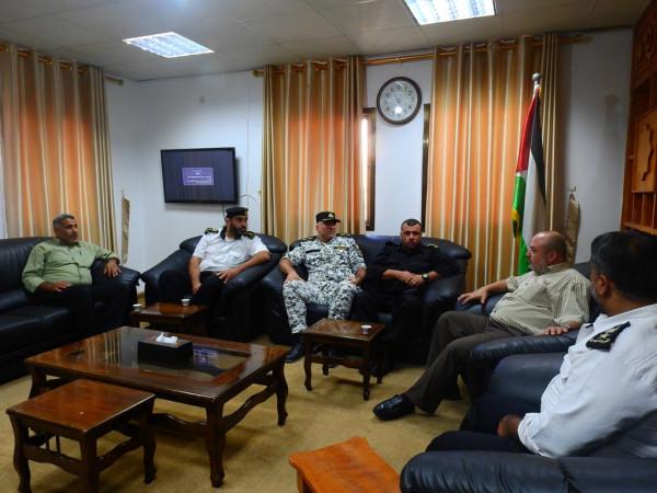 وكيل وزارة النقل والمواصلات بغزة يستقبل وفداً من الشرطة البحرية