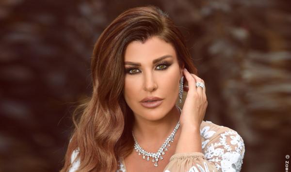 ريتا حرب وهيفاء وهبي تجتمعان لتتويج ملك جمال لبنان