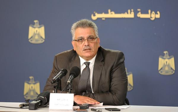 غنيم: مازال هناك أكثر من 30 تجمع فلسطيني بدون مصدر مائي