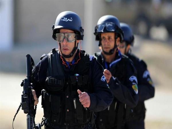 قتلى في مواجهات بين الشرطة ومواطنين بالجزائر