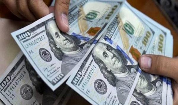 انخفاض ملحوظ على سعر صرف الدولار مقابل الشيكل