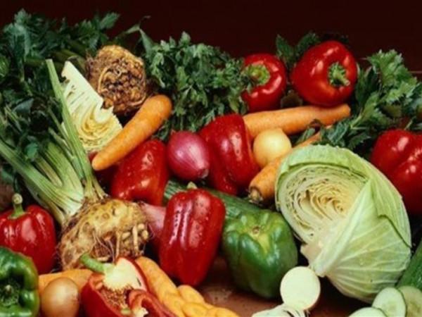 لهذا السبب تناول 5 حصص من الخضروات والفواكه يوميًا