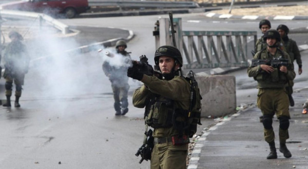 بيت لحم: الاحتلال يعتدي على رئيس وعدد من أعضاء بلدية تقوع