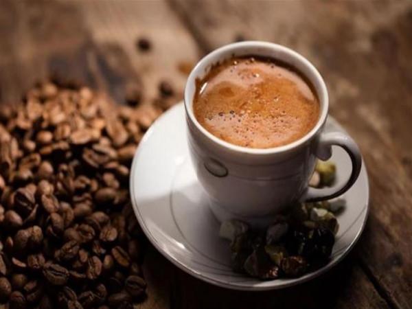 مقهى ياباني يبيع فنجان القهوة بـ900 دولار.. والسبب؟