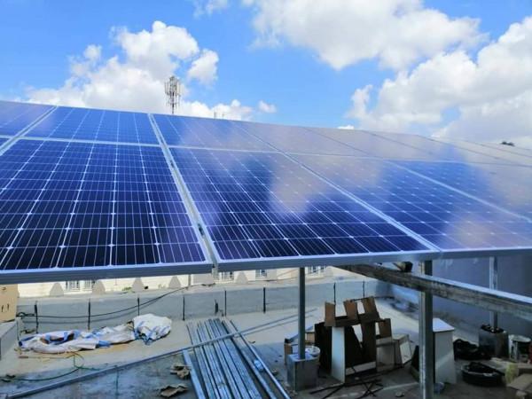 أبو الرب: الأوقاف وضعت خطة لتزويد المساجد ومؤسساتها بالطاقة الشمسية