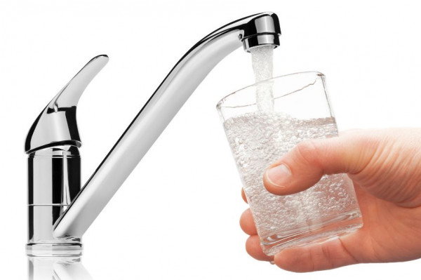 كارثة.. ماء الصنبور به 22 مادة مسرطنة