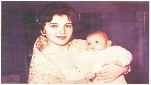 شاهد: ظهور نادر لوالدة الأمير الوليد بن طلال اللبنانية