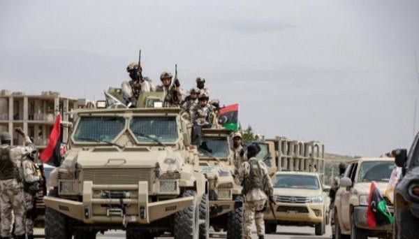 الجيش الليبي يَشُن هجوماً على مسلحين قرب طرابلس