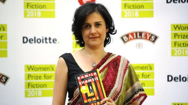 """""""الأورومتوسطي"""" يُدين تجريد كاتبة بريطانية من جائزة لدعمها للفلسطينيين"""