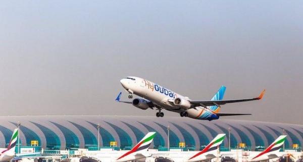 توقف الملاحة في مطار دبي للاشتباه بتحليق طائرة مسيرة