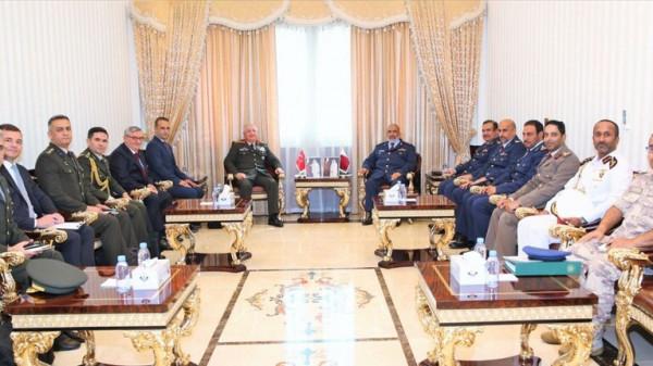 قطر وتركيا تبحثان تعزيز التعاون العسكري