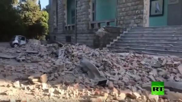 إصابة أكثر من 100 شخص إثر زلزال في ألبانيا