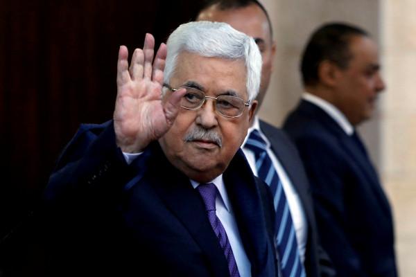 الرئيس عباس ورئيس الكونغرس اليهودي العالمي يبحثان المستجدات السياسية